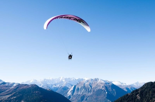 Elementary pilot - Beginner paragliding courses in the Swiss