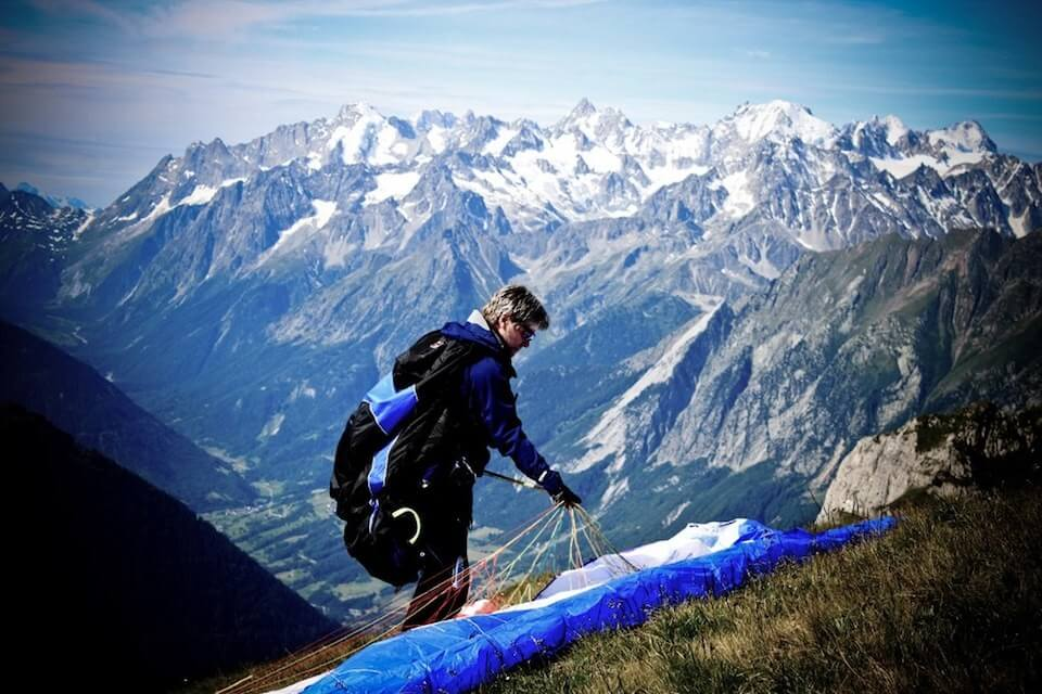 english-paragliding-schools-europe
