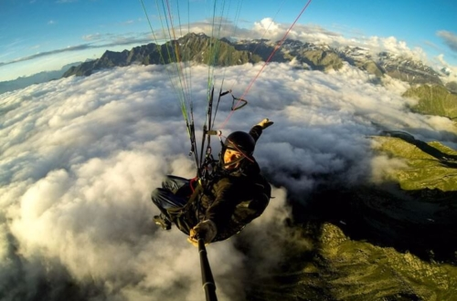 Paragliding Holidays: Fly-guide and coaching in the Alps
